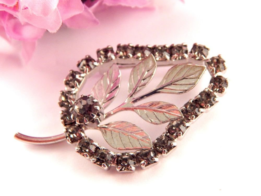 LEAF BROOCH Vintage 1960's Rhinestone Fashion Jewelry Silver Tone Metal Pin