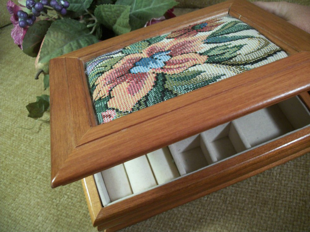 Jewelry Box VTG Wooden Floral Tapestry Flip Top with Flocked Compartments