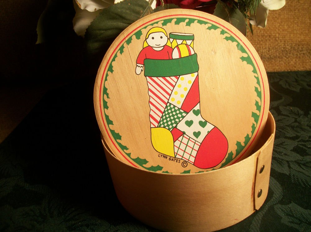 Round Wood Christmas Box, Artist Lynn Gates Vintage 1980's Stocking Doll Drum