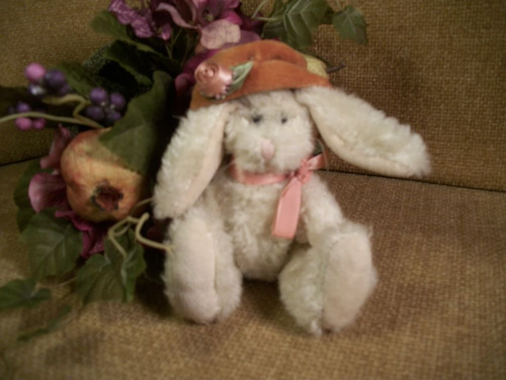 "BOYDS White Bunny Rabbit 6"" Plush Stuffed Animal 1995 Archive Series Collectible"