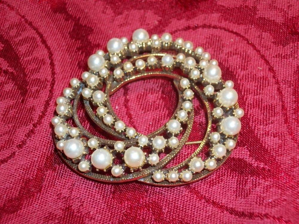 Florenza Goldtone Faux Pearls Vintage Brooch Pin Mid Century Designer Fashion