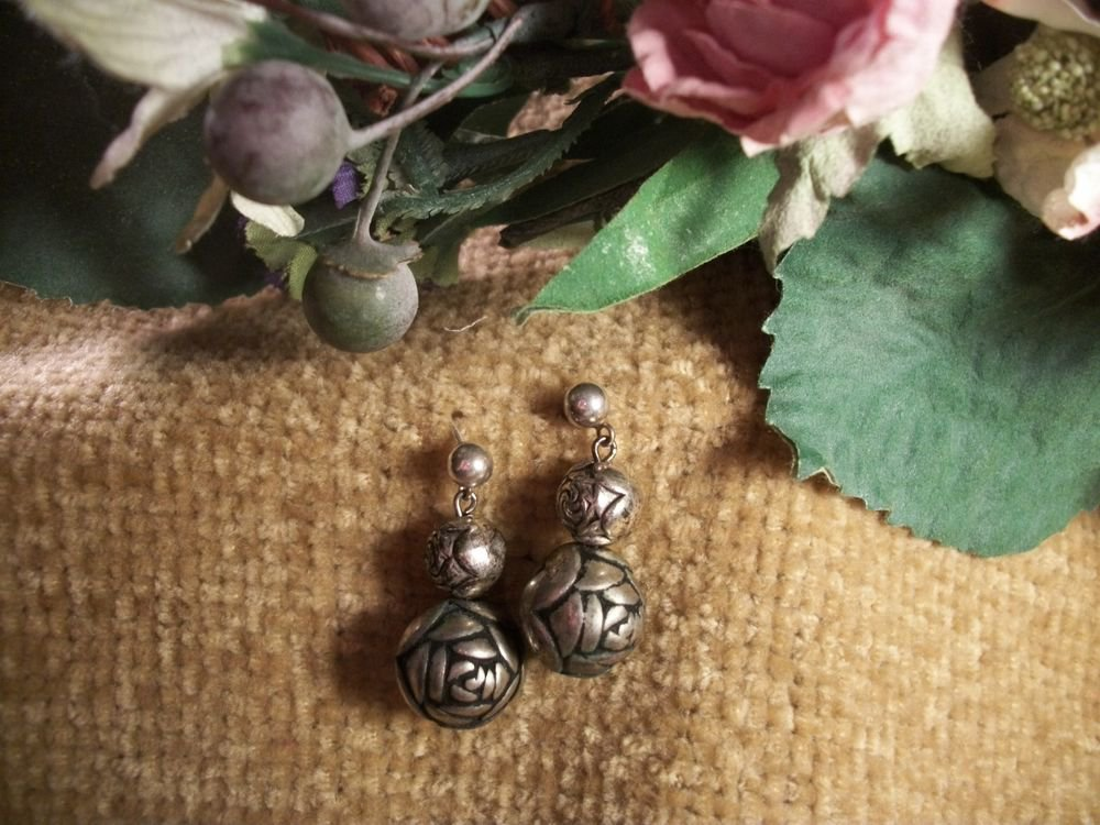 Earrings Silver Metal Rose Beads Dangle Ball Post VTG 1970's Evening Jewelry
