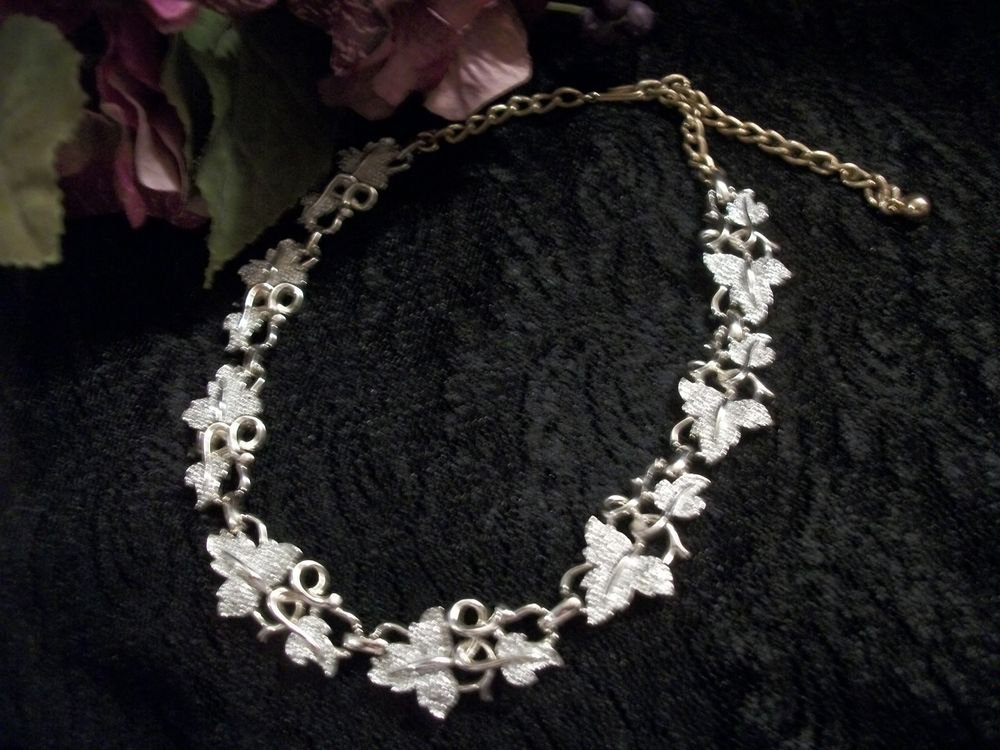 Necklace Sarah Coventry Signed Jewelry VTG 1960's Grapevine and Grape Leaves