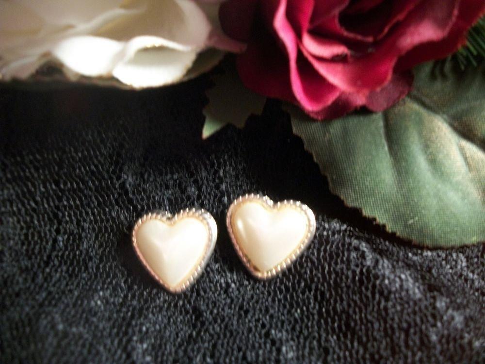 Heart Earrings White Pearlescent Romantic Wedding Formal Elegan Vintage Jewelry