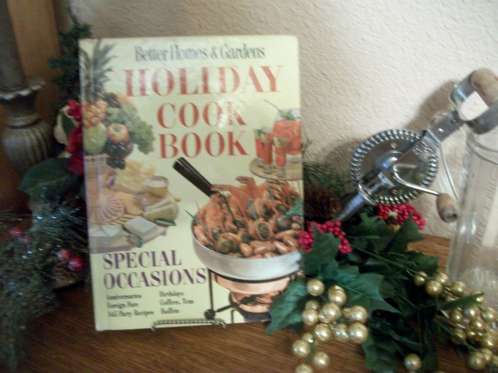 Better Homes & Gardens Holiday Cook Book VTG 1959 Recipe Book Like NEW