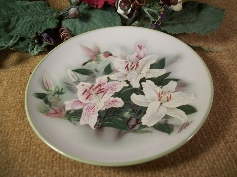 Lena Lici Decorative Plate Hummingbirds and Lilies Keepsake Dish VTG Home Decor