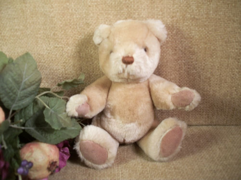 GUND BEAR Caramel Brown Plush Stuffed Animal Teddy Bear VIntage1983  Collectible