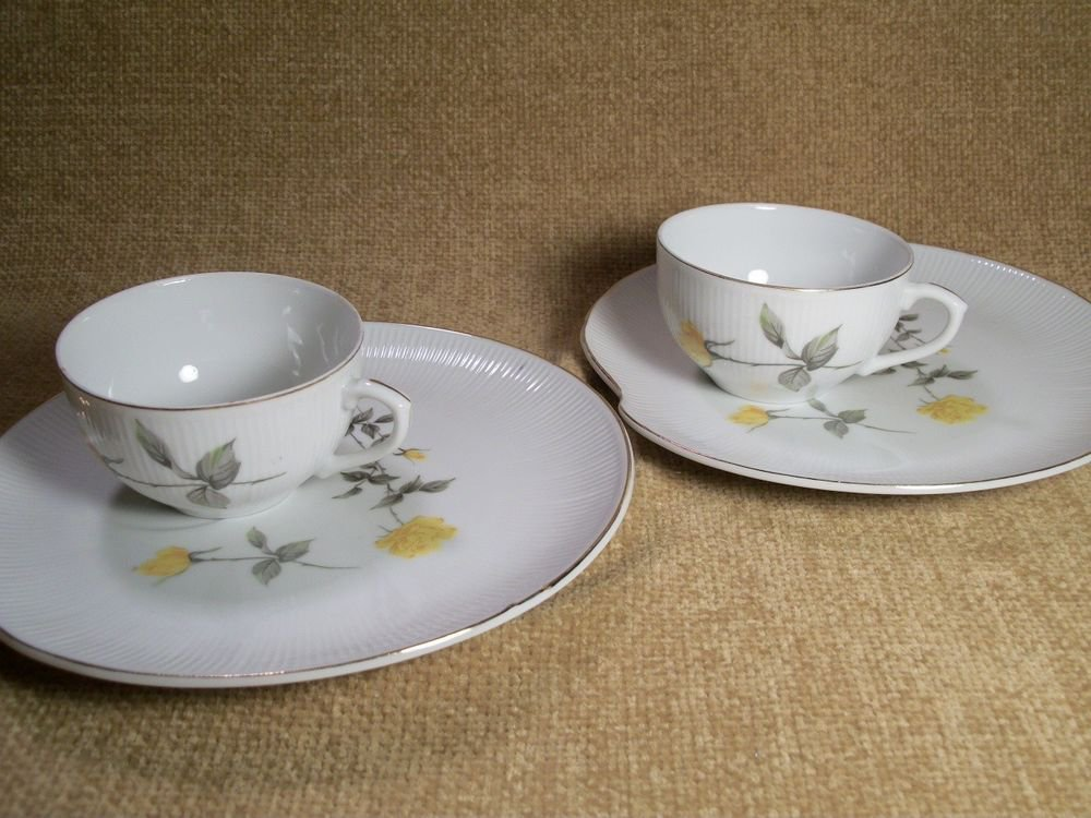 Yellow Rose Snack Sets Vintage Fine China Two Coffee Tea Cups  2 Dessert Plates