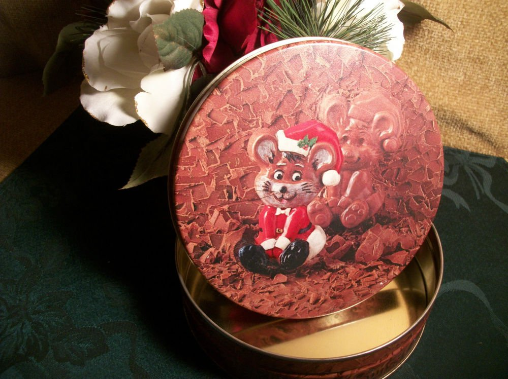 Mouse in Santa Suit Christmas Candy Tin VTG Swiss Colony Gift Storage Container