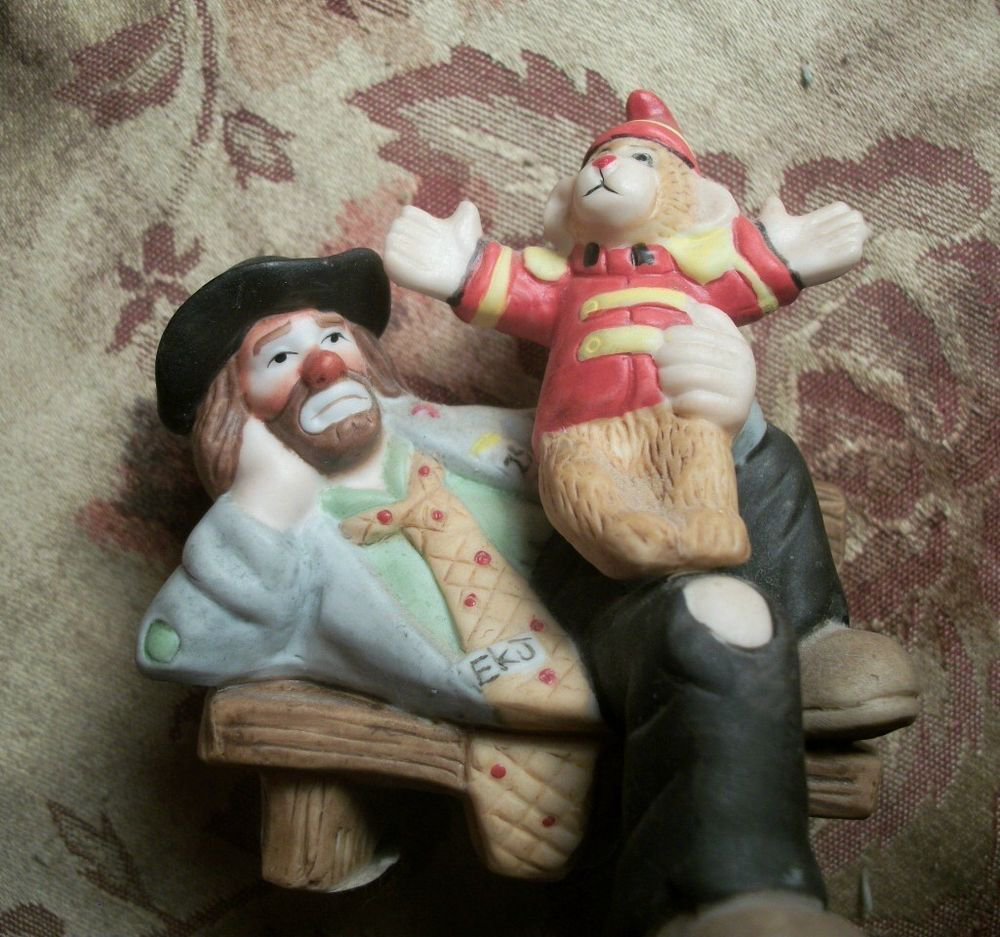 Emmettt Kelly Clown Porcelain Figurine Circus Monkey Bench Flambro Collectible