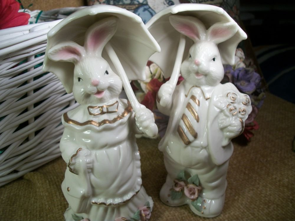 Porcelain Figurines Bunny Rabbit He She Courting Bunnies Vintage Home Decor