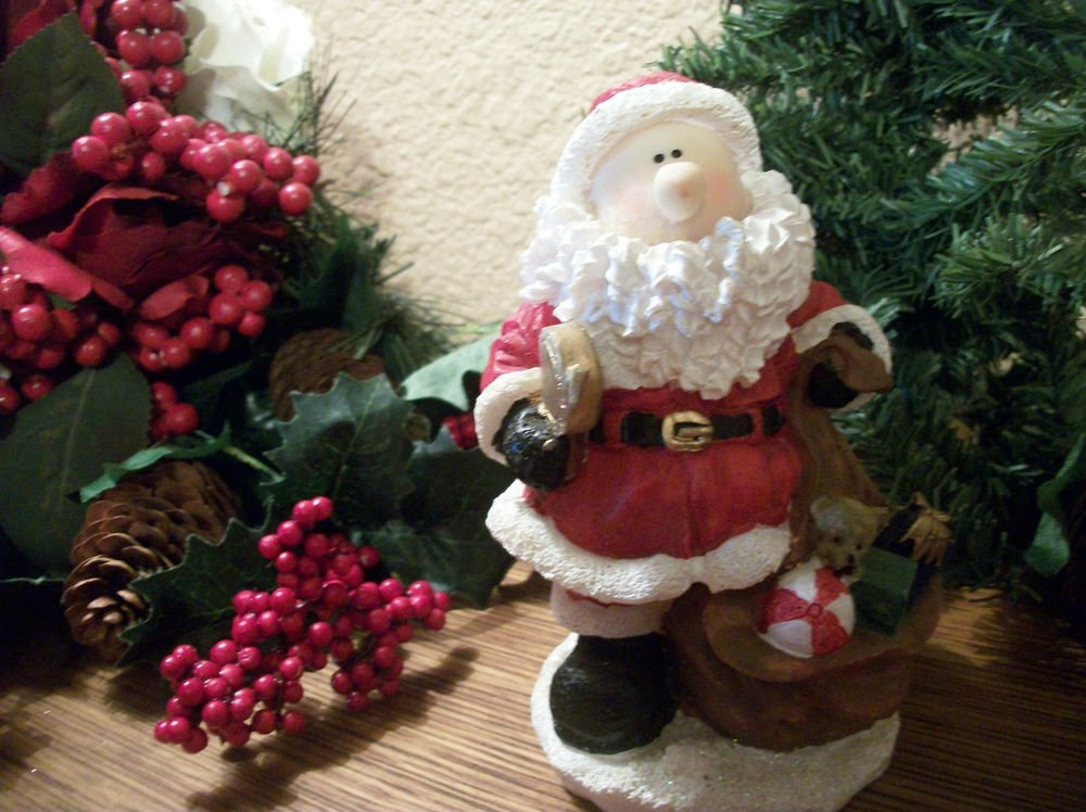 Modern Santa Claus with Toy Sack Resin Figurine Christmas Winter Home Decor