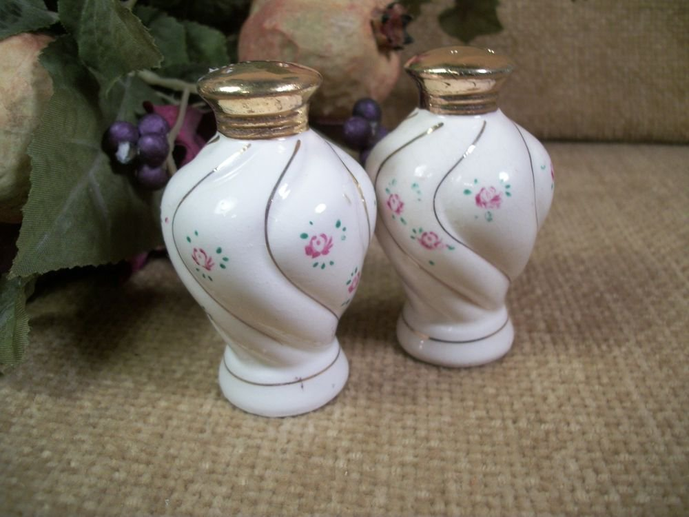 Salt and Pepper Shakers White Porcelain Pink Rose Gold Gilt VTG Japan Tableware