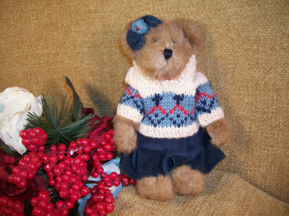 BOYDS Leisel L Burrbruin Bear Plush Stuffed Animal Knit Sweater Retired 904024