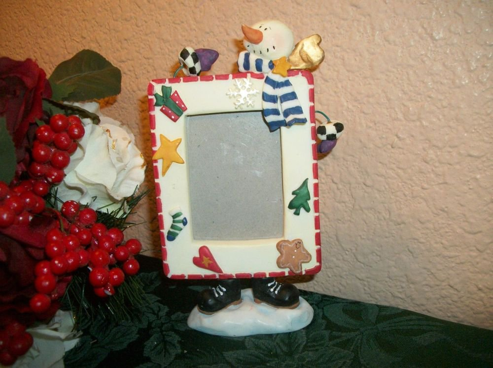 Snowman Portrait Picture Frame Whimsical Winter Christmas Scene Home Decor Gift