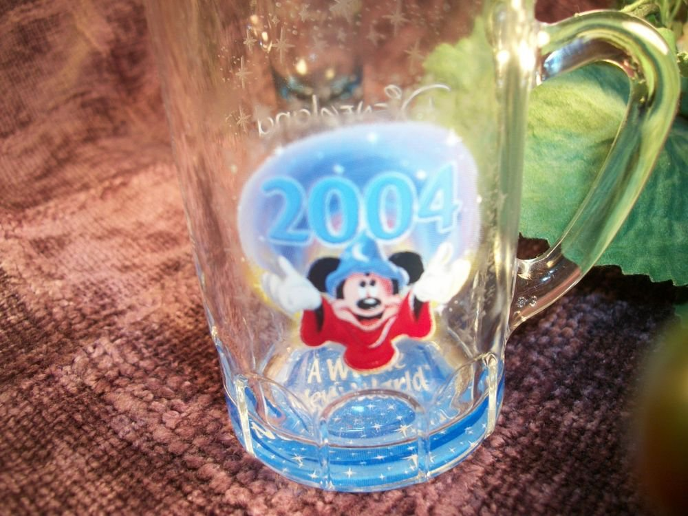 Mickey Mouse Small Glass Mug Fantasia Sorcerer Wizard Disneyana Disneyland 2004
