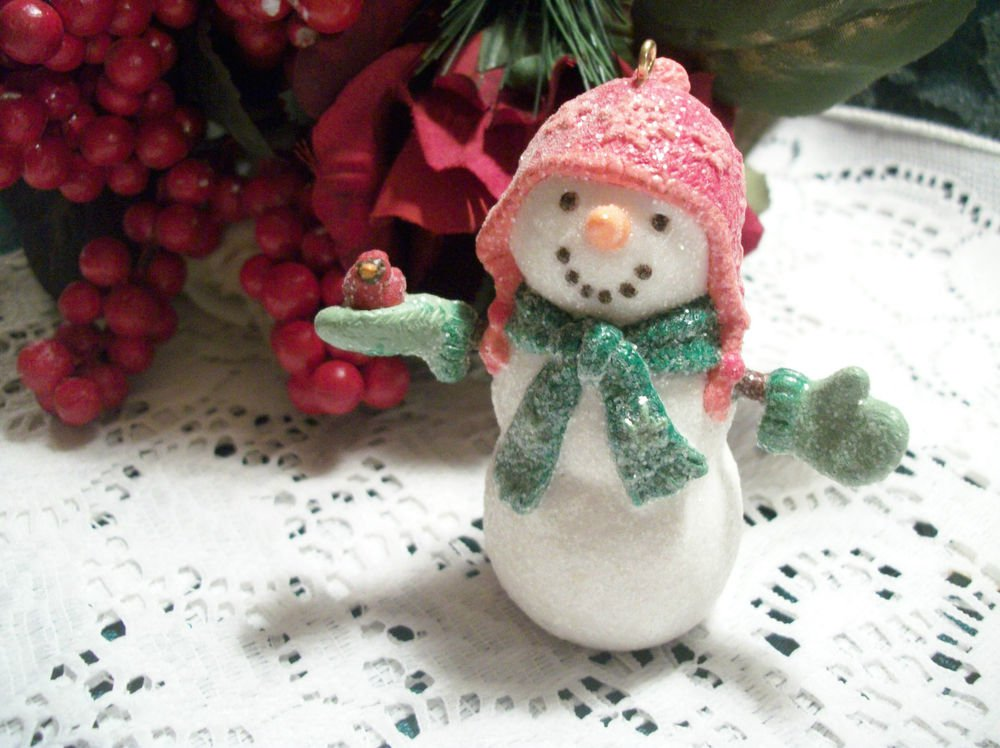 Hallmark Snowman Christmas Tree Ornament Welcome Friends Winter Figurine 2007