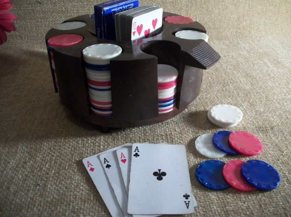 Poker Chips Playing Cards Carousel 200 VTG Mid-Century Plastic Chips w/ Caddy