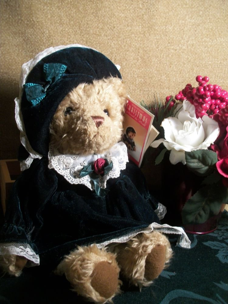 Bernadette Stuffed Plush Fancy Bear Christmas Around the World House of Lloyd