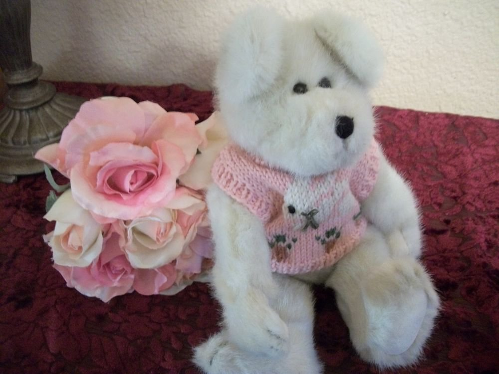 "BOYDS Bear 11"" Beige Jointed Plush Stuffed Animal Libby B Bunster Bunny Sweater"