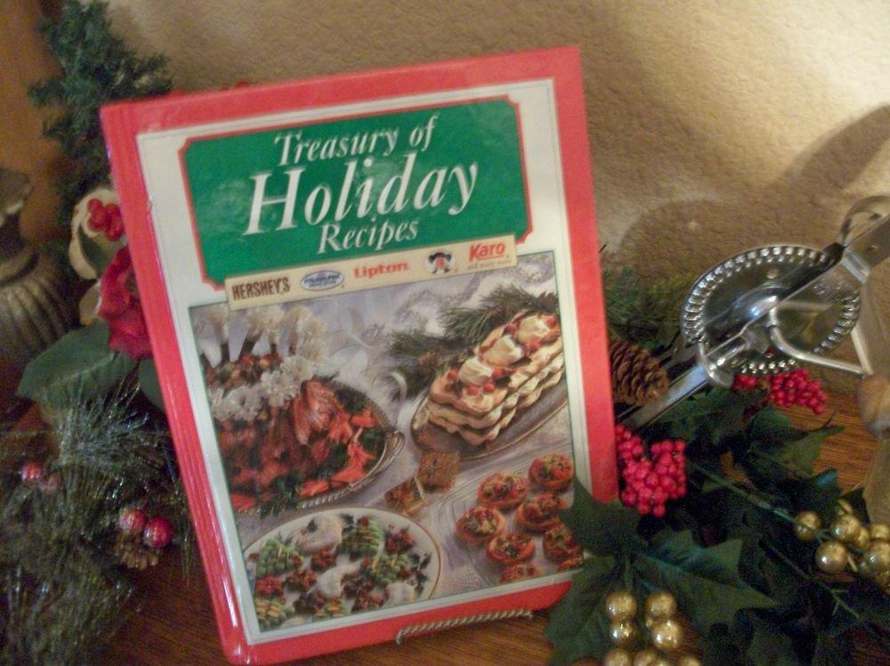 Treasury of Holiday Recipes VTG 1996 Christmas Cookbook Brand Name Recipes Gift