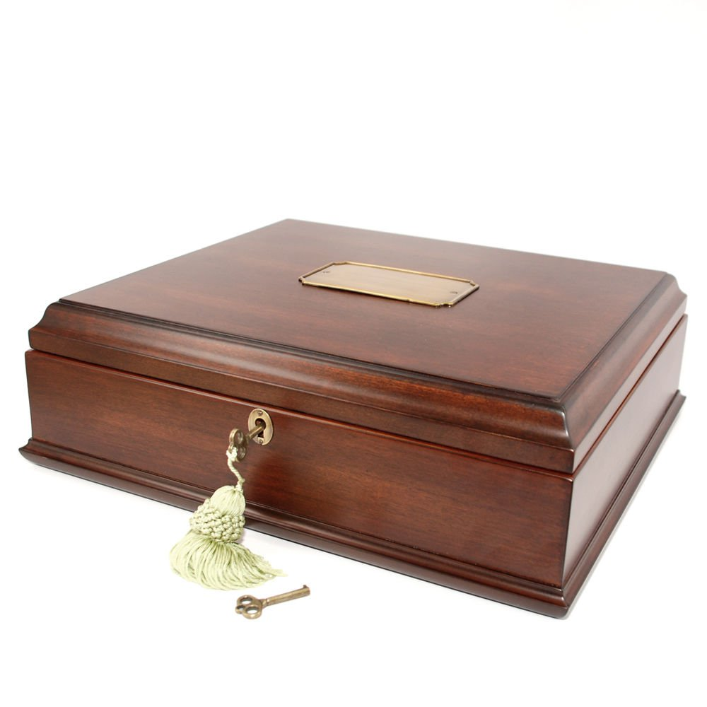 Decorebay  Old World Wooden Treasure Box and memory Box with Brass Latch