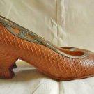 Flared Heel Court Kitten Maud Frizon Snake Skin Pumps Shoes 60s Vintage 35.5