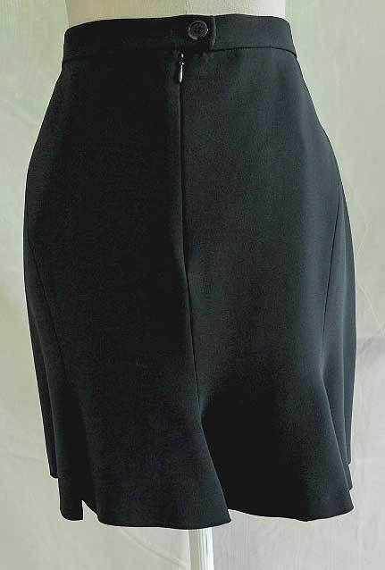 Moschino Couture Skirt Skater NOS Tulip Flippy Knee Length Black Fishtail 14 44