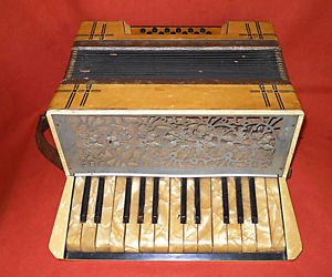 Vintage Accordion Marble Effect Cream Pearlized Decor Musical Country Folk Polka