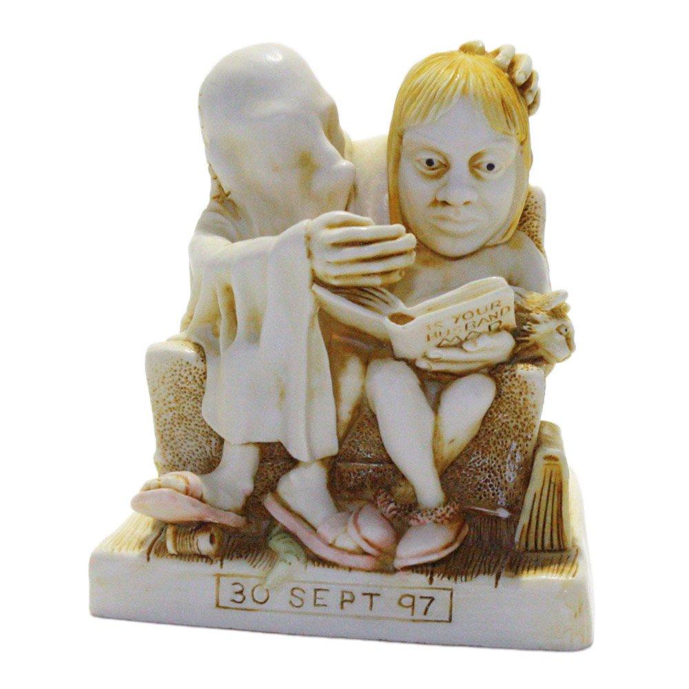Harmony Kingdom Cotton Anniversary Solid Cake Topper Figurine