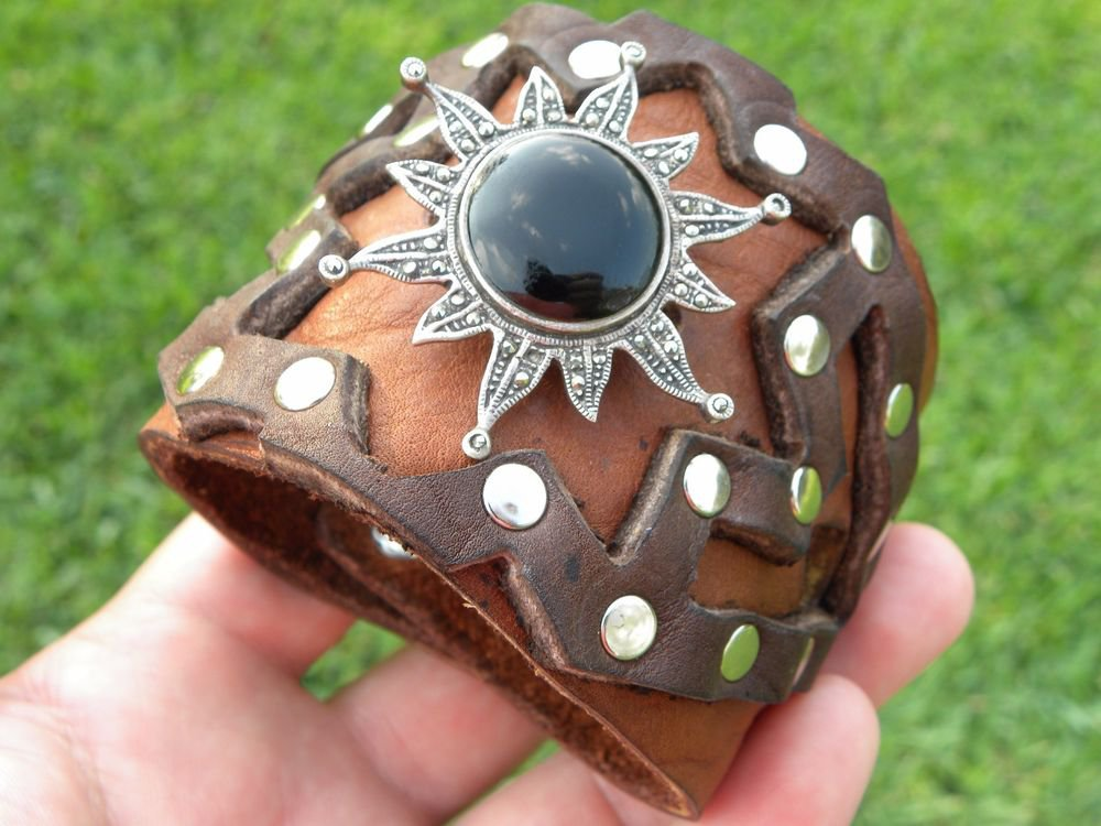 Buffalo leather cuff wristband  bracelet Vintage Sterling Silver - Black Onyx