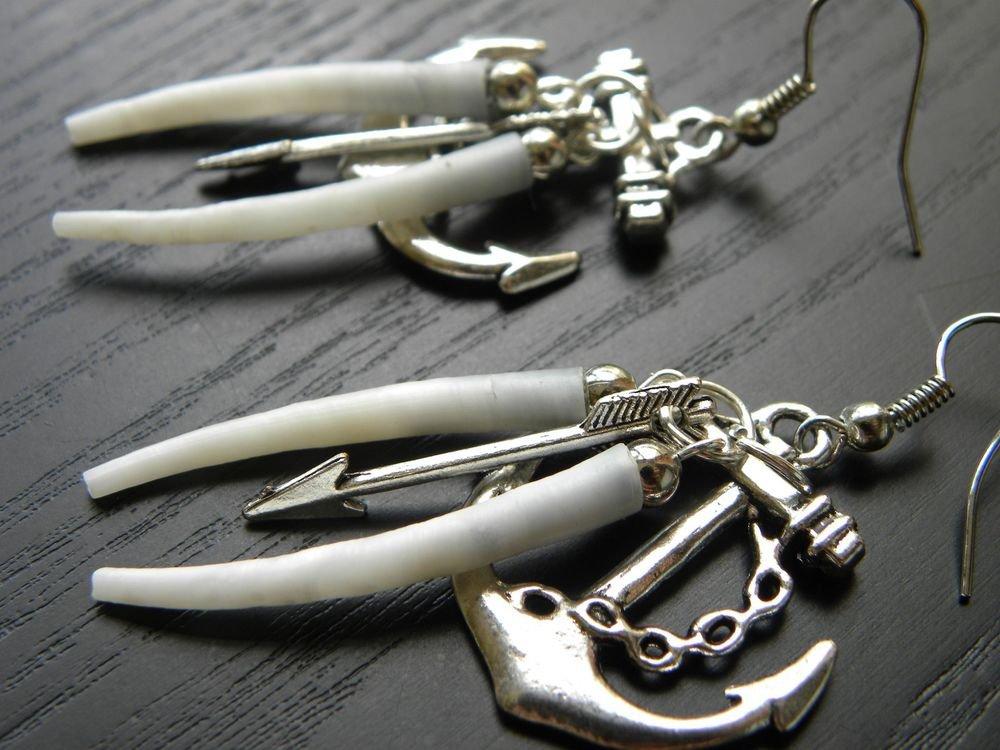 Handmade Dentalium shell earring set. Indian style handcrafted Artisan Earrings