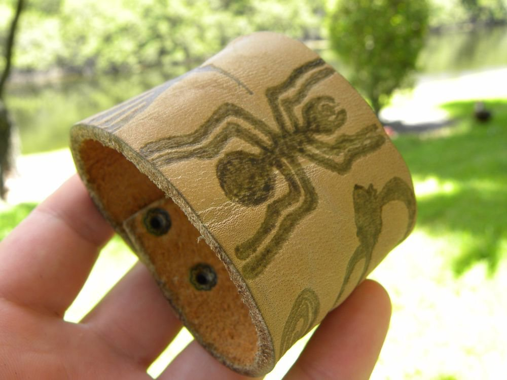 Bracelet Spider Hummingbird Monkey Nazca Lines Peru authentic Buffalo leather