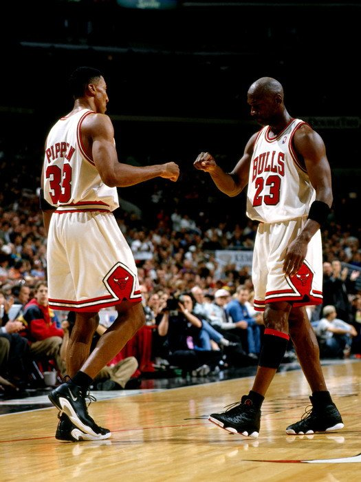 Michael Jordan Scottie Pippen Bulls Legends 32x24 Print POSTER