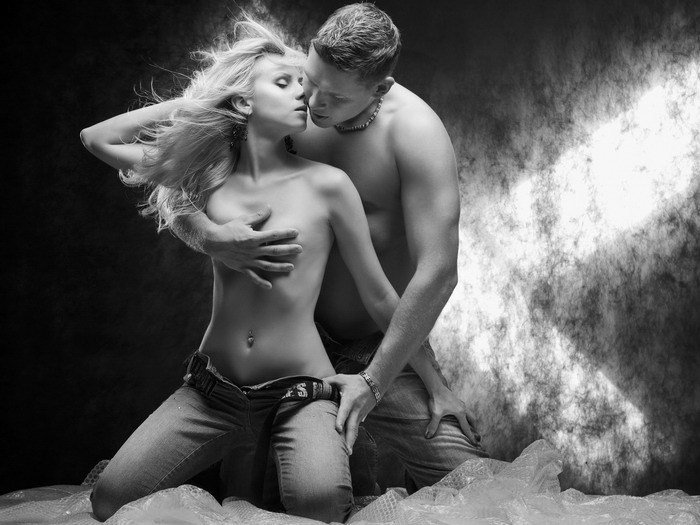 Love Passion Hot Couple BW 16x12 Print Poster