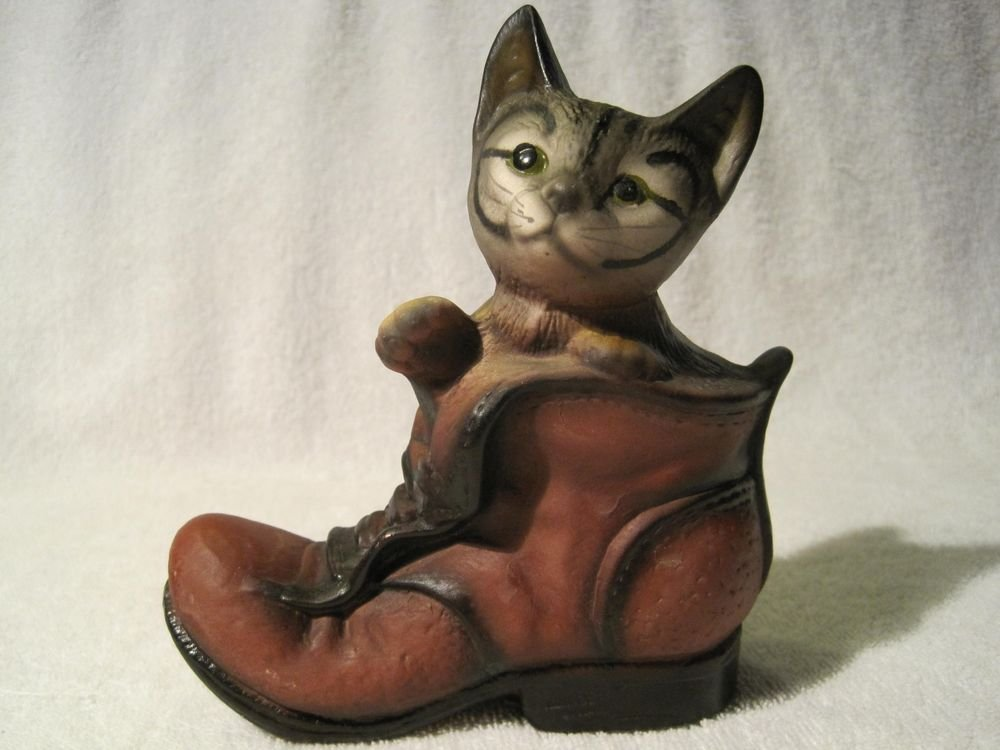 Vintage Kitten in Boot Hand Painted Pussy Cat Shoe Kitty Figure Figurine Tabby