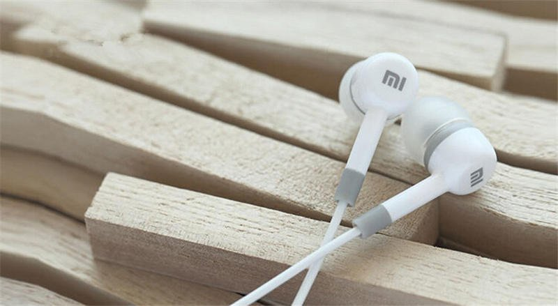 Brand New High Quality 3.5Mm Earphone Headphone Headset For Xiaomi 32246954371-2-White