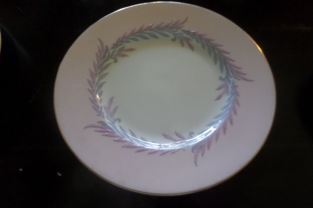 6 MINT VINTAGE MINTON CHINA PINK MALTA S-676 SET 6 SALAD PLATES LAUREL GOLD