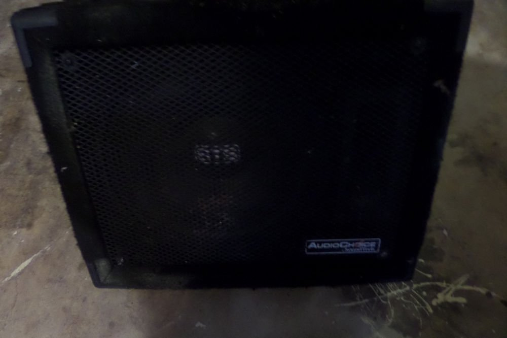"AUDIO CHOICE 12 "" STAGE PA MONITOR SPEAKER ( BY SOUND TECH ) ; Model AC12M 200 W"