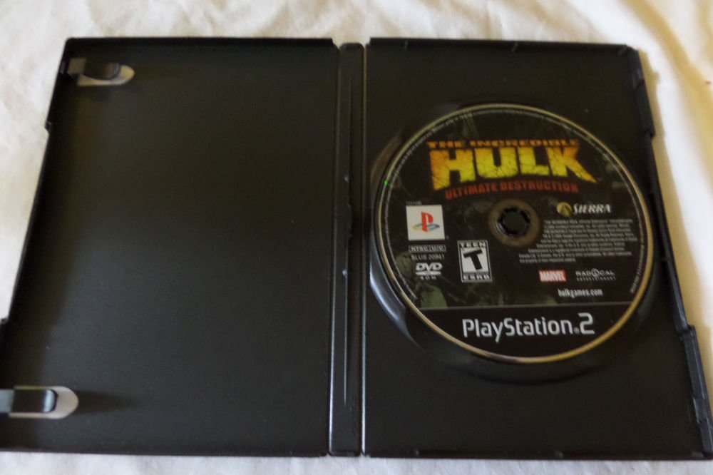 Incredible Hulk: Ultimate Destruction (Sony PlayStation 2game disc only