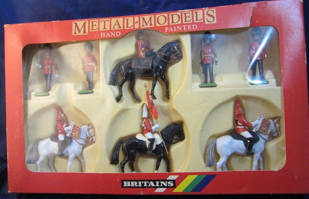Britains Toy Soldiers 7218 box set UNIQUE COLOR VARIATION 2 white 2 black horses