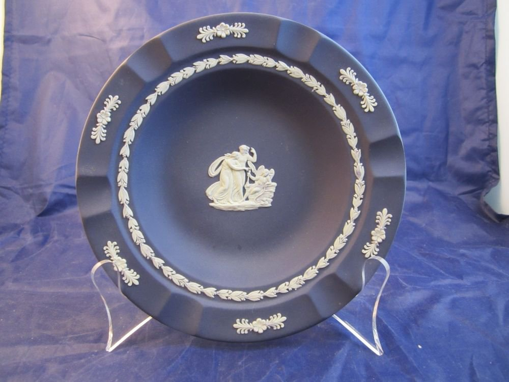 Wedgwood Jasperware 7 inch Dish Plate Ashtray Dark Blue Cobalt circa 1909-1930