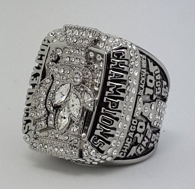 Chicago Black Hawks 2010 Stanley Cup championship ring TOEWS size 11 US Back Solid