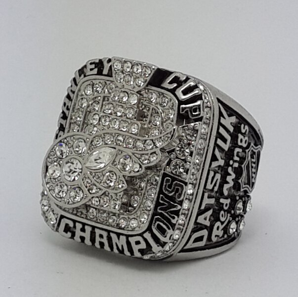 Detroit Red Wings 2008 Stanley Cup championship ring Datsyuk size 11 US Back Solid