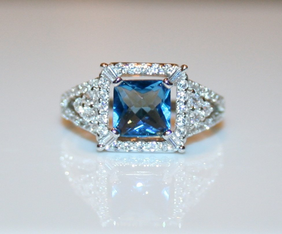 STERLING SILVER 7MM 1.6CT PRINCESS CUT FACETED BLUE TOPAZ CZ RING