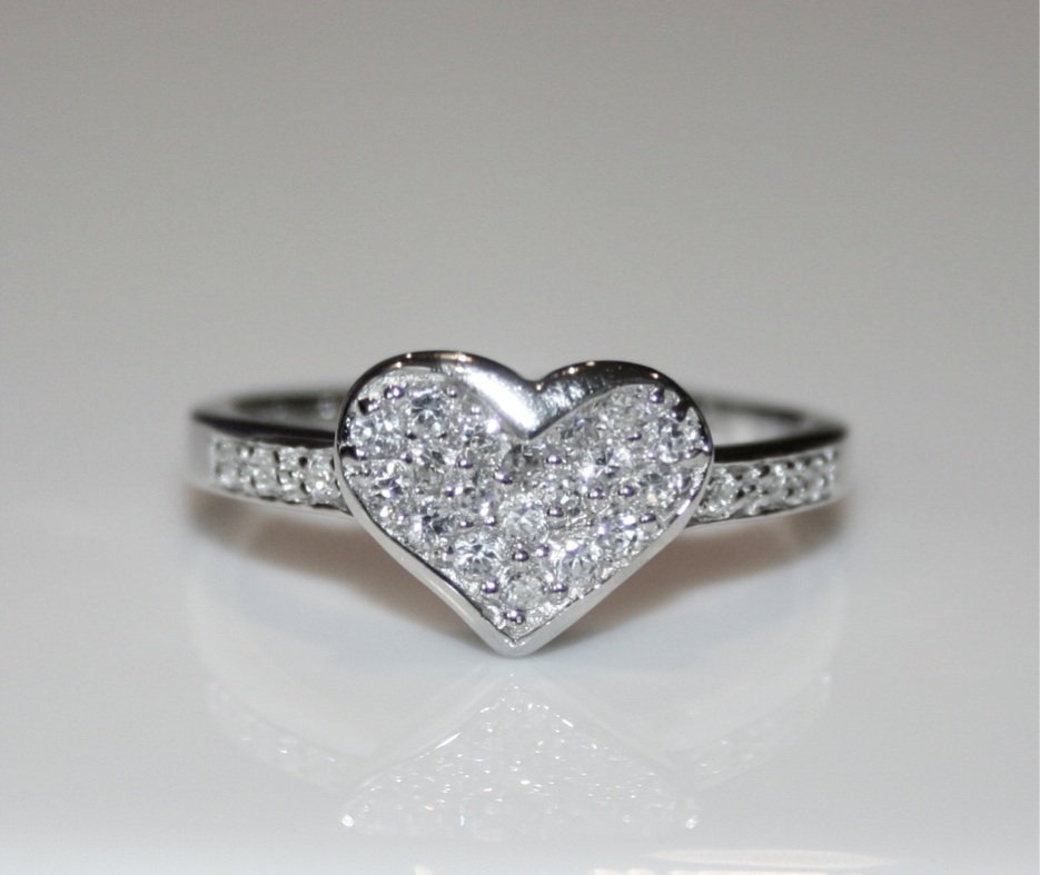 PRETTY STERLING SILVER PAVE SET CZ HEART RING (SIZES I - R)