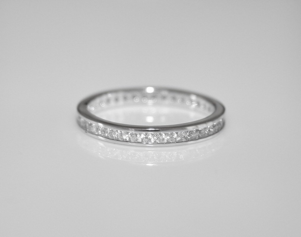2MM STERLING SILVER ROUND CUT CZ FULL ETERNITY RING