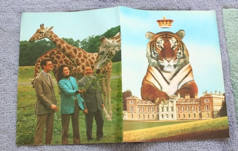 MID 1970'S WOBURN WILD ANIMAL KINGDOM SOUVENIR BROCHURE