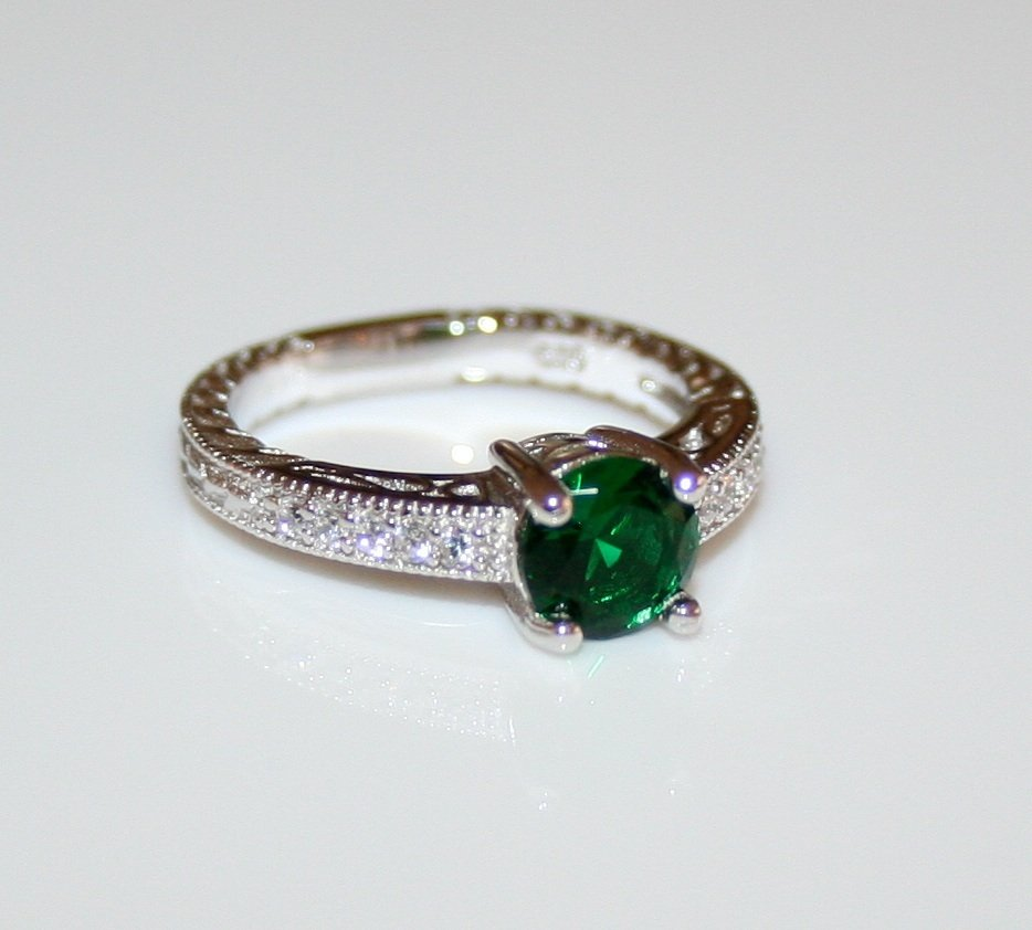 STERLING SILVER 6MM 0.75CT EMERALD CZ MICRO SET SOLITAIRE FILLIGREE RING