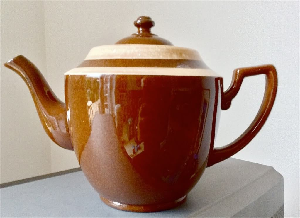 SUPERB AND VERY SCARCEALCOCK, LINDLEY & BLOORE LTDLARGE TEAPOT 2 PINT
